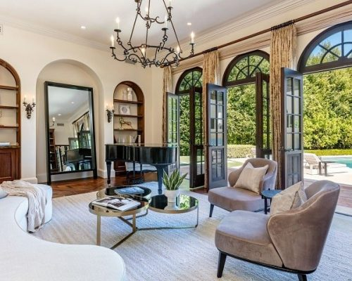 Former OPI Exec Lists Italian-Style Villa in Beverly Hills for $33 Million