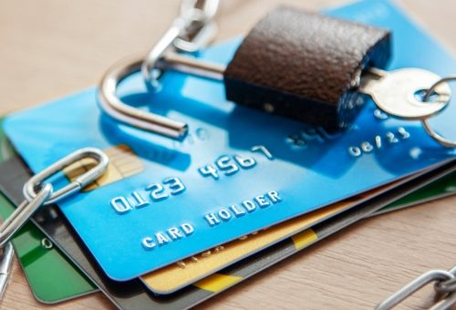 How to Protect Yourself From Credit Card Theft